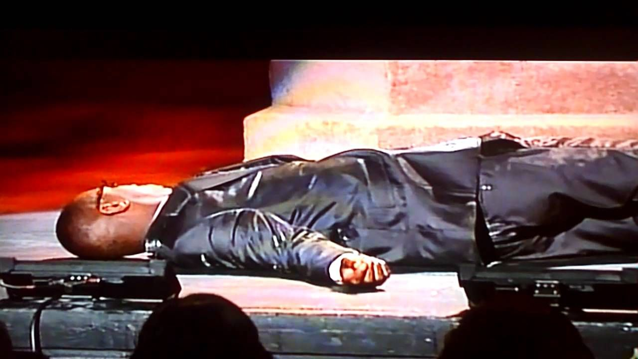 Rickey Smiley is a fool..- Emotional In The Church 2011
