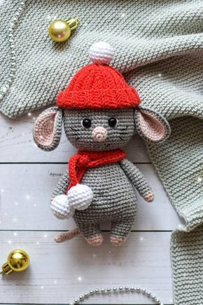Sweet mouse free crochet pattern | Amiguroom Toys