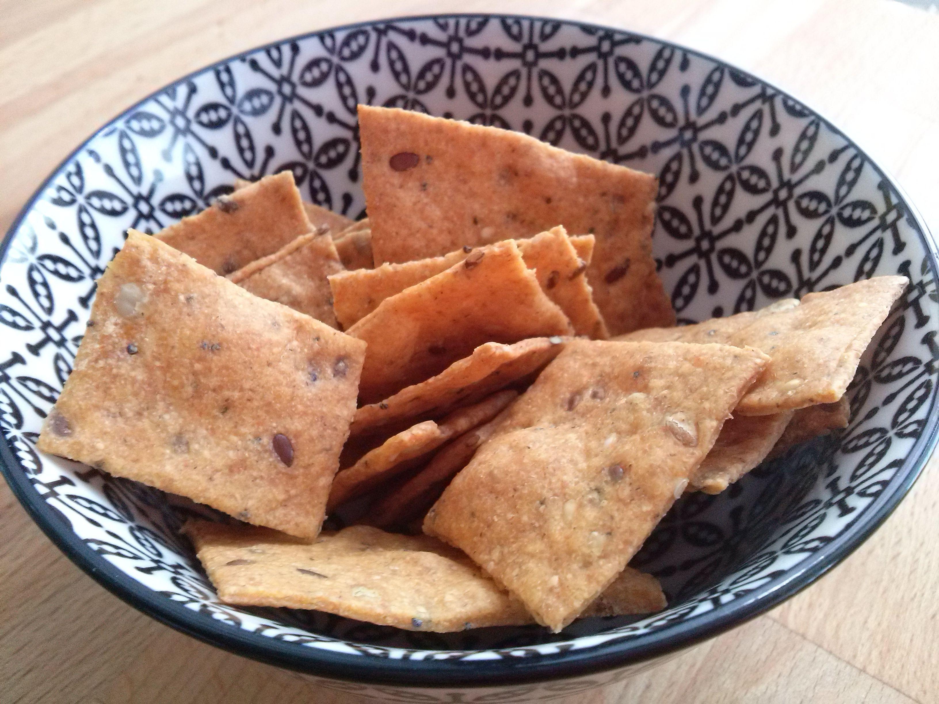 crackerini integrali di pasta madre alla paprika e semi misti ...