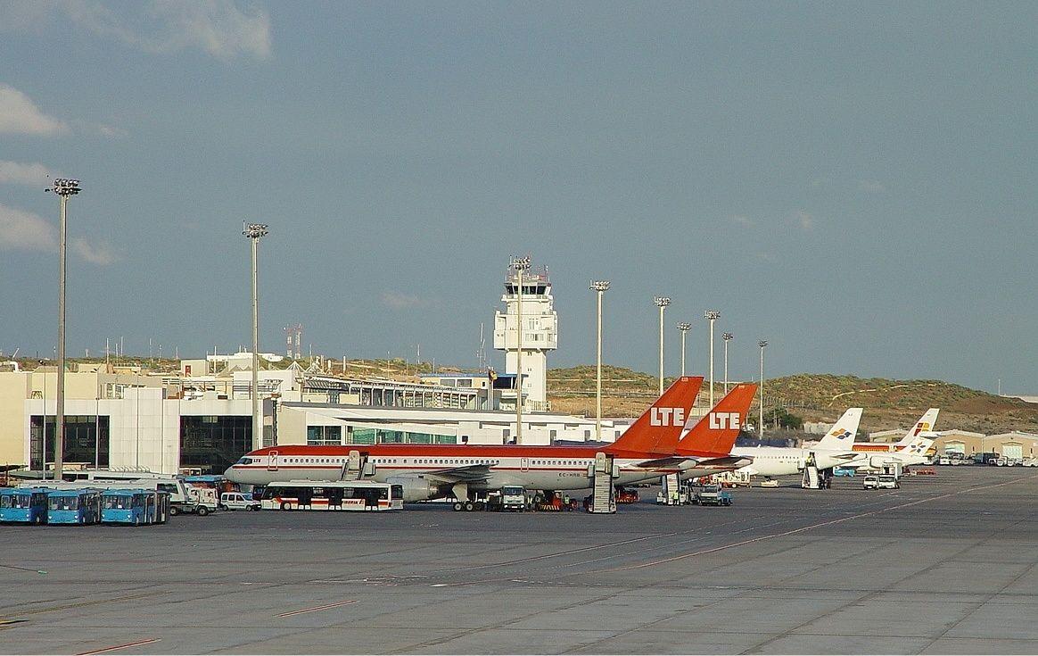 Aeroporto Tenerife Sud : Tenerife sur airport jurado #tenerife #tci tenerife pinterest