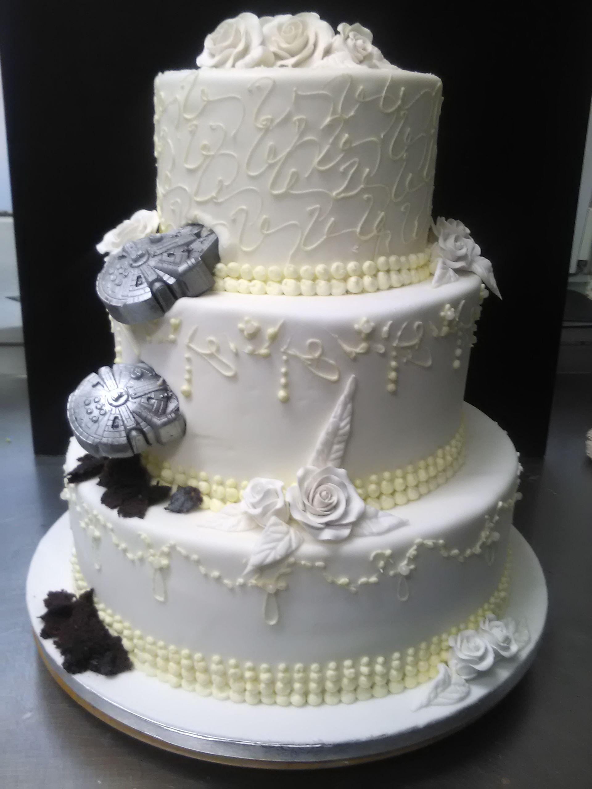 Hochzeitstorte Mit Star Wars Raumschiffen Torten Cakes More In