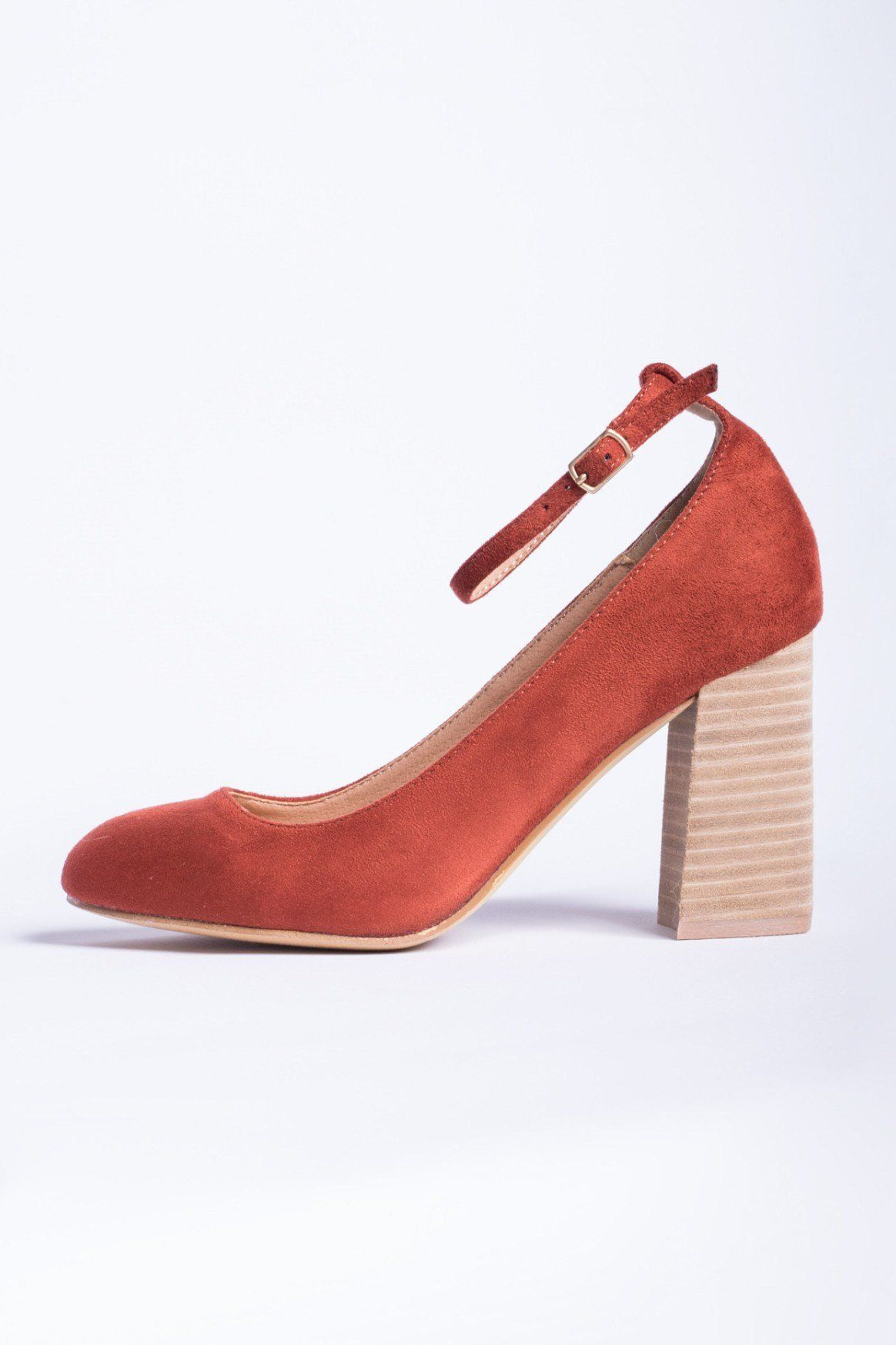How to suede red wear shoes recommendations dress in autumn in 2019