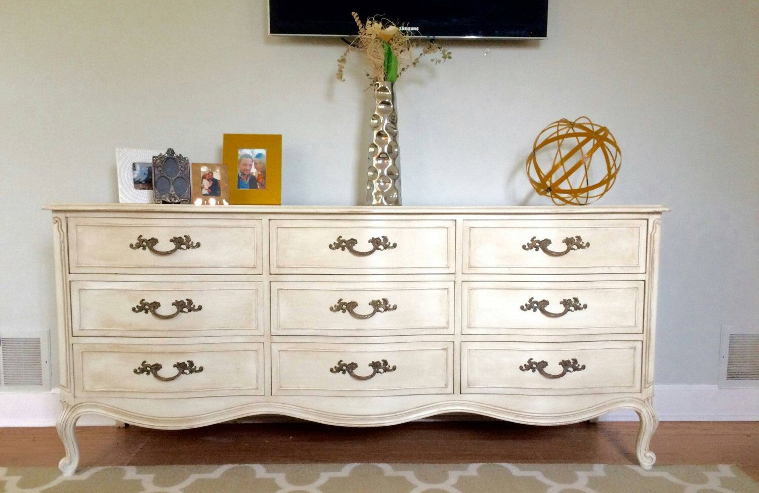 Vintage Mid Century Drexel Shabby Chic French Provincial Dresser