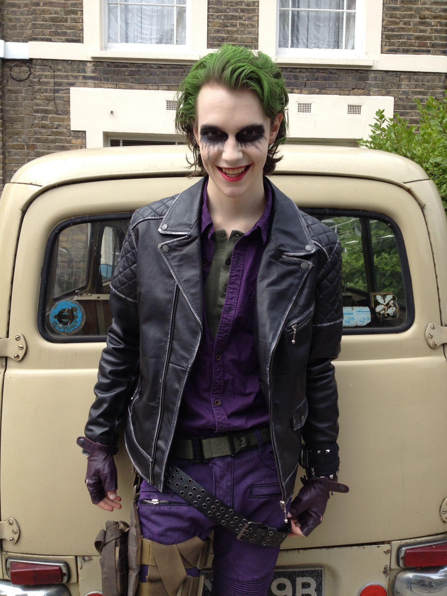 Pin On Batman Mostly Joker [ 2048 x 1536 Pixel ]