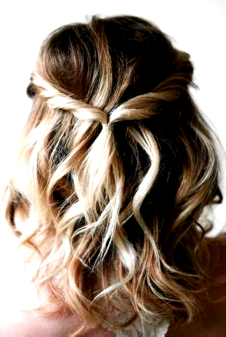 54 Ideas Hairstyles Curled Hoco Hairstyles In 2020 Thick Hair Styles Short Wavy Hair Easy Hairstyles