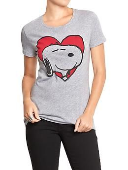 Women's Snoopy® Heart Tees | Old Navy