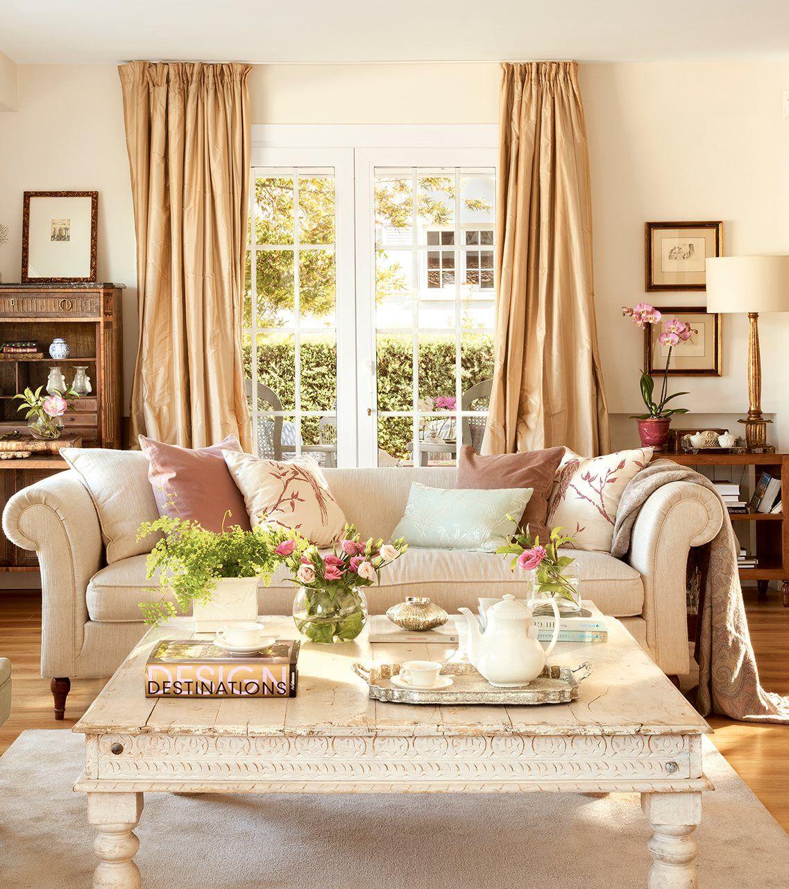 La casa de los mil trucos de estilismo casas lindas for Adornos para salon de casa