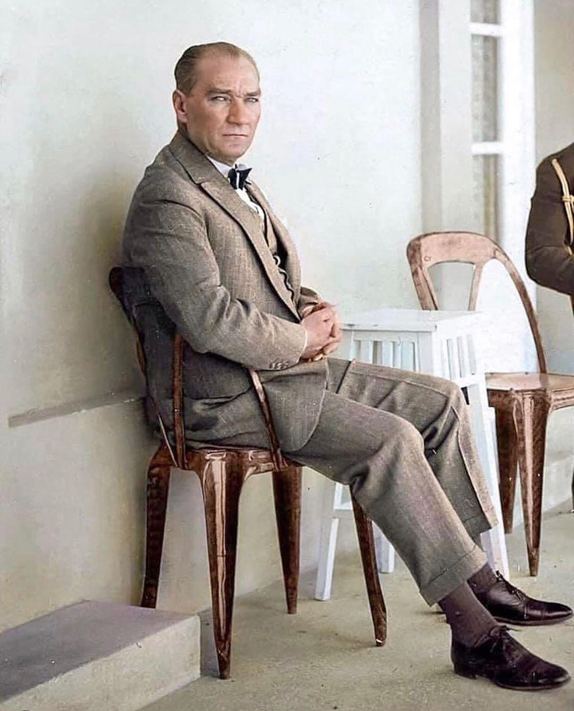 Serif Yenen On Instagram Butun Umidim Gencliktedir Mustafa Kemal Ataturk 19 Mayis Ataturk U An Tarihci Afrikali Cocuklar Nadide Fotograflar
