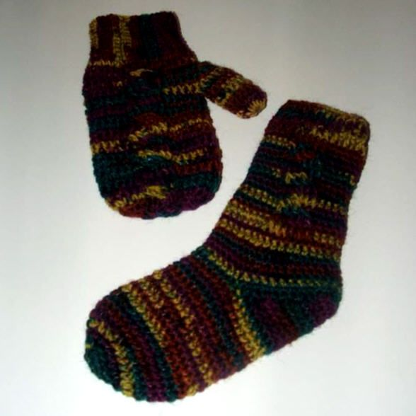 Child's Cable Mittens-Free Crochet Pattern | Knitting ...
