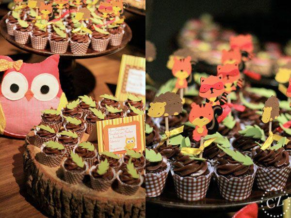 Como sempre, o evento Degustar apresentou também mesas infantis. E a Festa na Floresta foi uma delas. Com muitos bichinhos e mil detalhes fofos, é uma deco