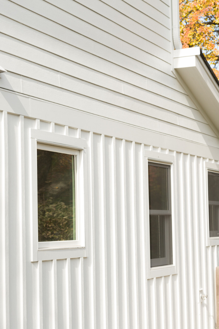 Hardiepanel Vertical Siding Hardie Shingle Siding Vertical Siding Exterior James Hardie Siding Colors