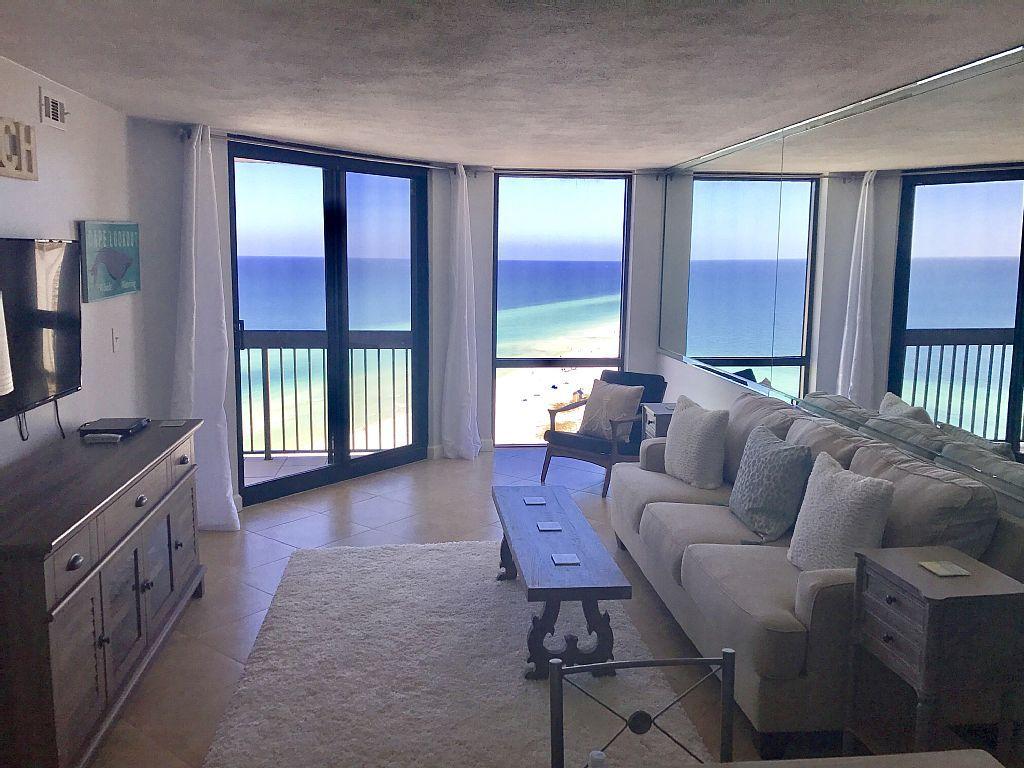 Penthouse Suite Gorgeous 1bd 2ba Beachfront Top Floor Unit 1815 Destin Beachfront Rentals Florida Condos Condo Vacation Rentals