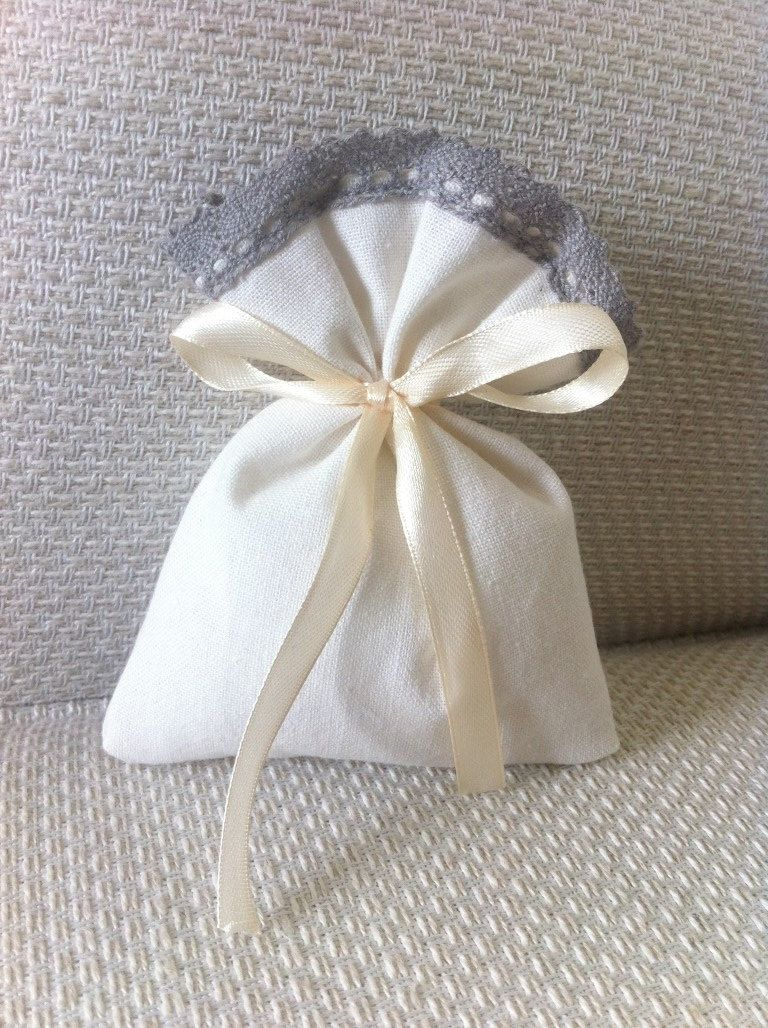 Wedding Favour Bags white linen blend and grey lace - Size 5x4 ...