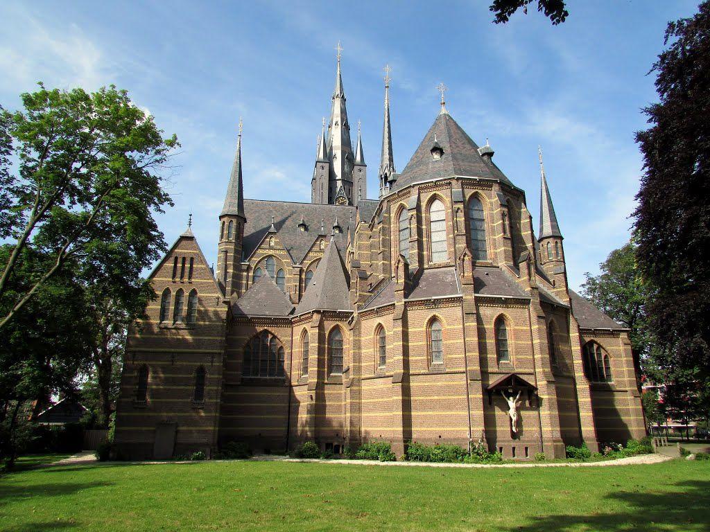 St Vituskerk In Hilversum Backside Langeness