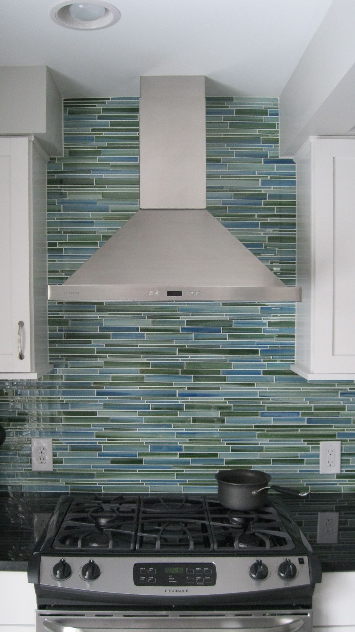 Rip Curl Hand Painted Linear Gl Mosaic Tiles