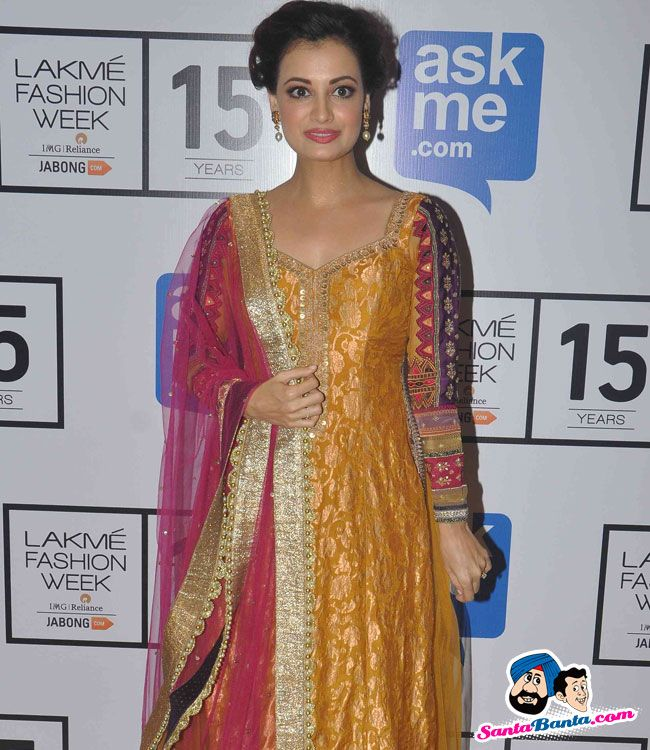 Guests at LFW Winter Festive 2015 -- Dia Mirza Picture # 315753