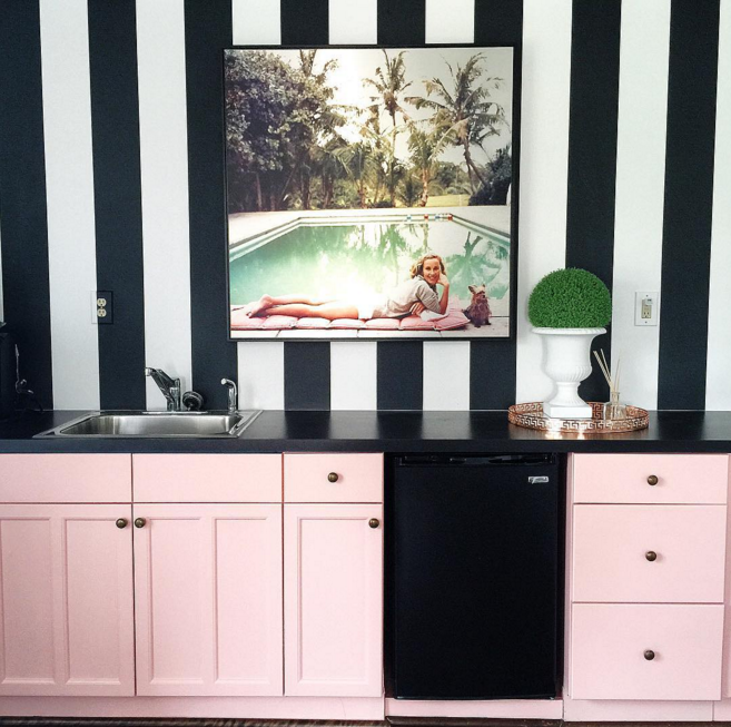 Killer Color Combo: Emerald, Blush Pink, Black And White