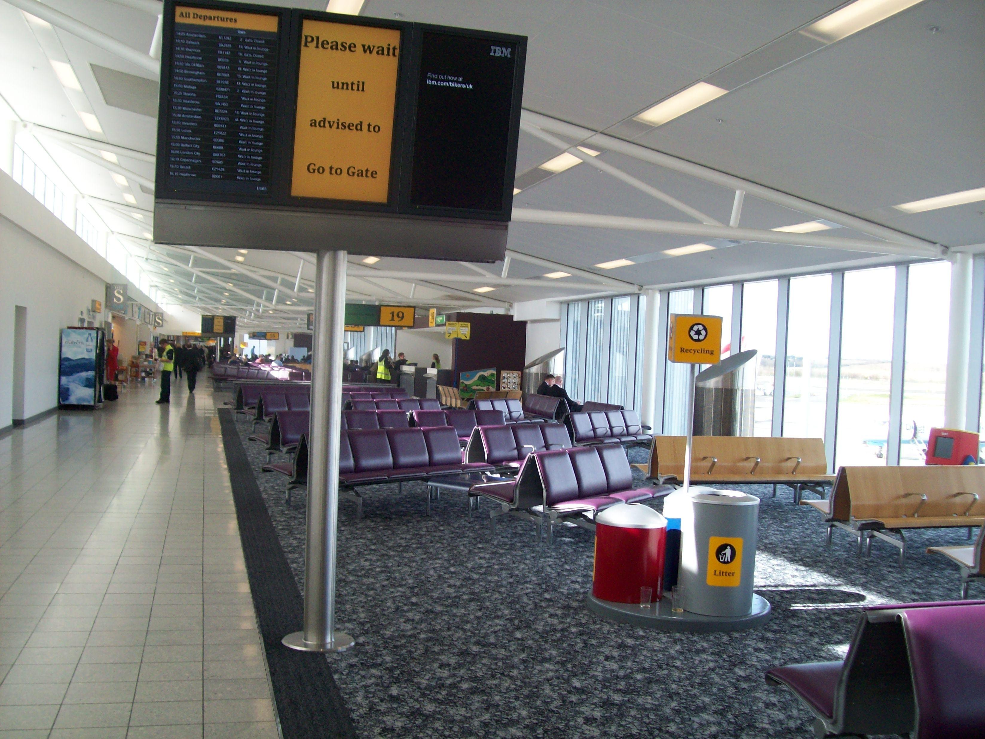FileEdinburgh Airport gate lounge.jpg Wikimedia Commons