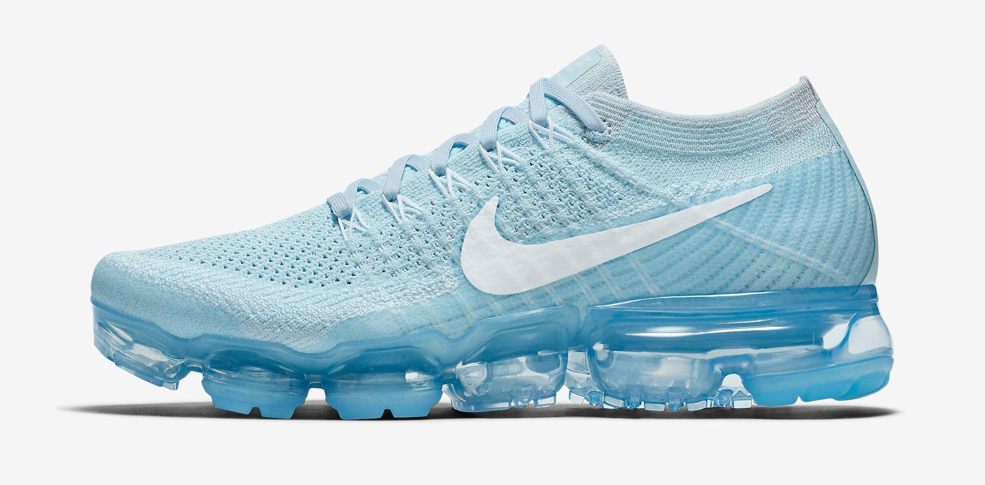 f15cd72531291 ... Women s Nike Air VaporMax Flyknit Day to Night  Glacier Blue . Glacier  Blue Nike Vapormax 849557-404 Profile