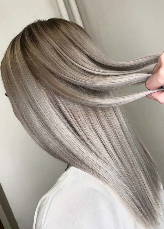 Here You Can See Our Best Collection Of Ash Blonde Hair Colors Ideas And Tr Frisuren Ash Blonde Collection Colors Frisure Hair Color In 2019