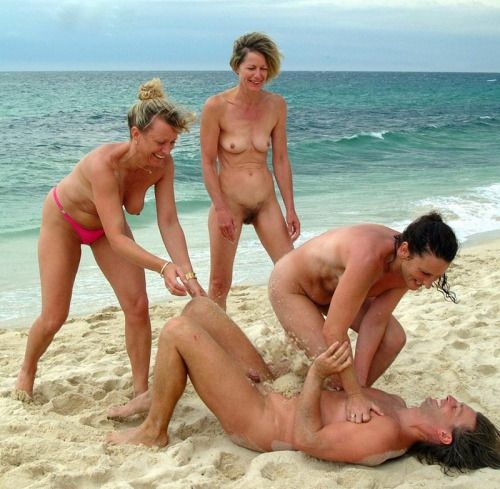 Pin By Nudist Friends On Nudist Friends Finder- Find -8980