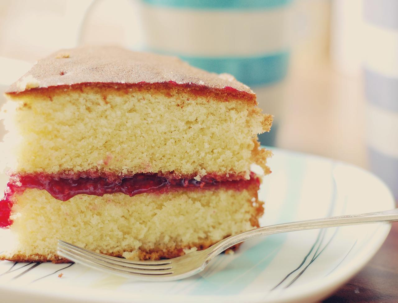 Vegan Yellow Cake Recipe Vegan Yellow Cake Cake Recipes Victoria Sandwich Cake