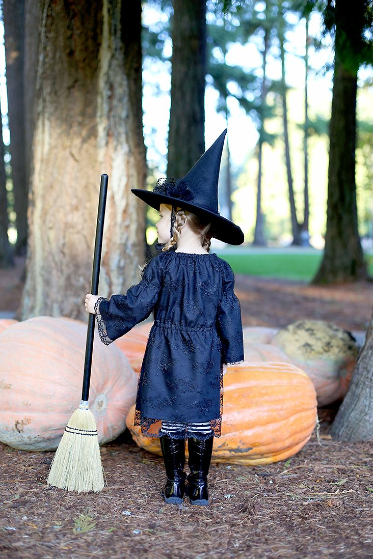 Free Witch Hat Pattern + DIY Witch Costume Kids witch