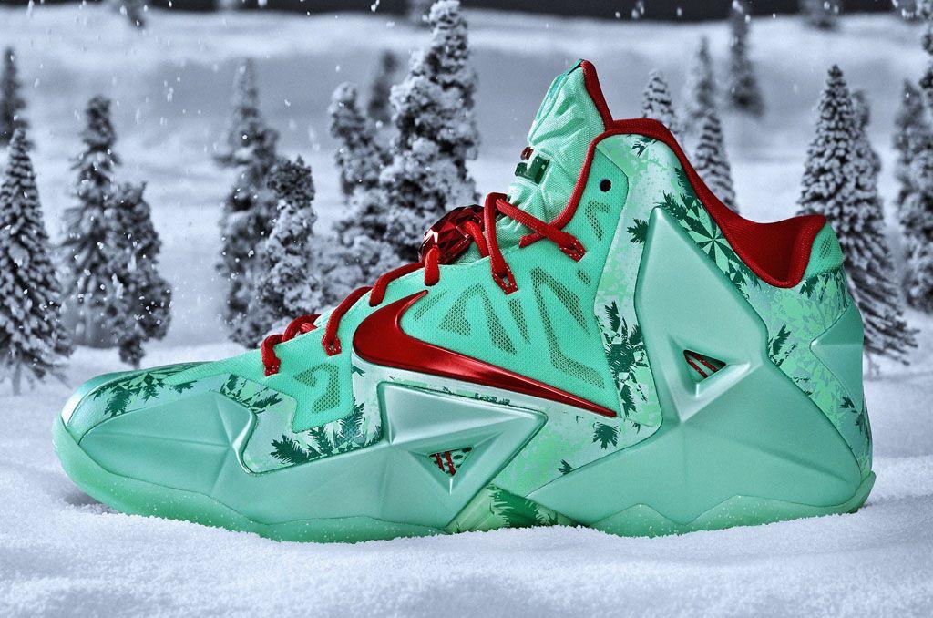 71a5e2989209 Nike Basketball 2013 Christmas Pack LeBron 11