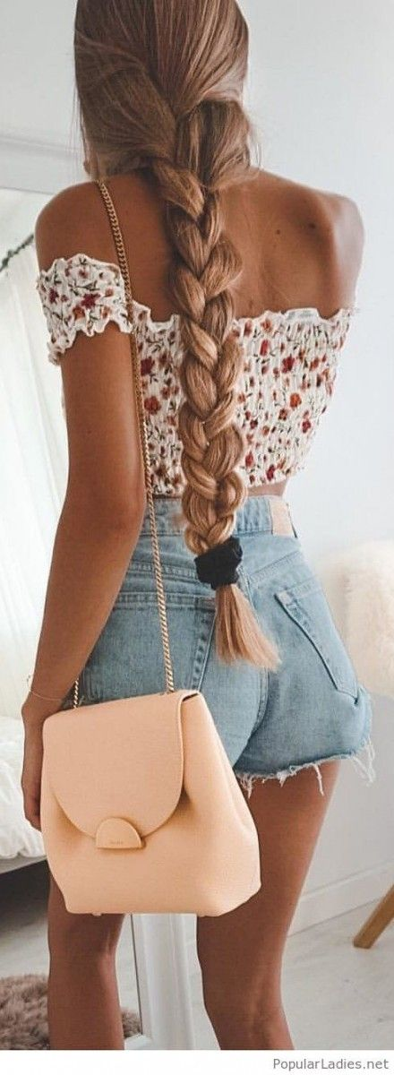 25+ A simple but adorable short denim outfit for teenagers this year