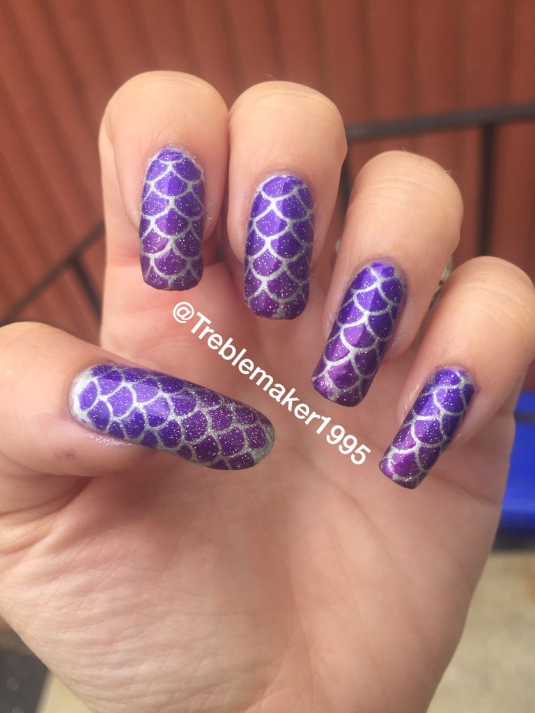 Purple ombré mermaid nails. I love how these turned out. Stencils ...