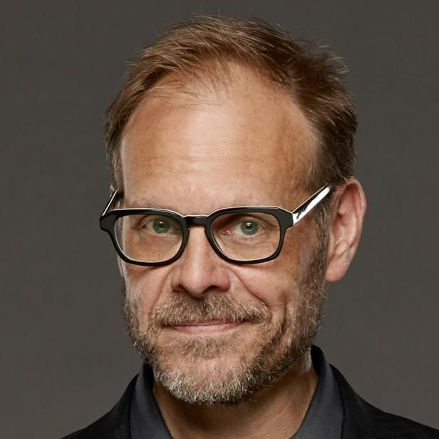 Alton Brown Host Of Good Eats Appears Regularly On Food Network