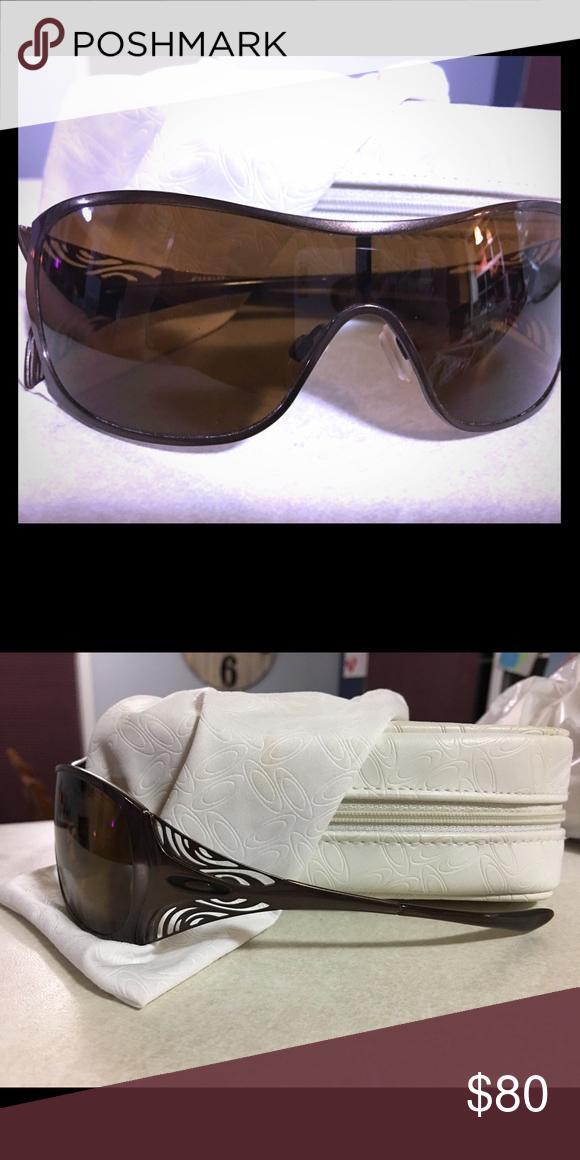 Authentic Oakley Liv Women\'s sunglasses
