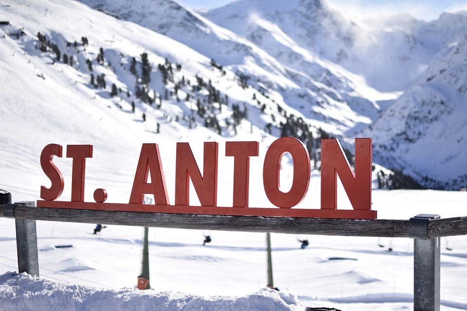 Family Ski Holidays Bringing Generations Together In 2020 Family Ski Holidays Ski Holidays Ski Family