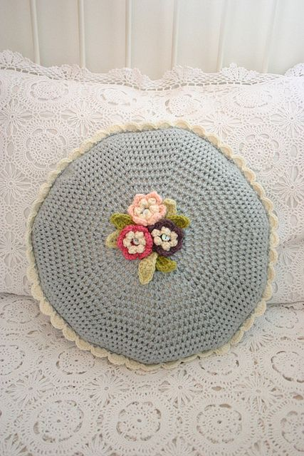 Crochet cushion | croche | Pinterest | Kissen, Häkeln und Kissenmuster