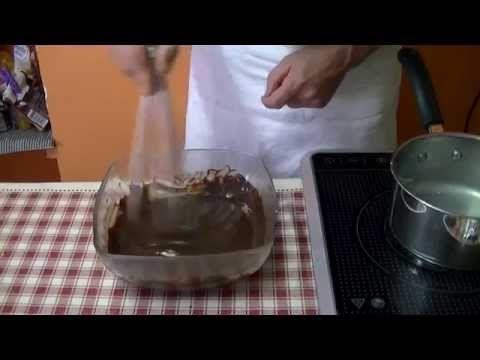 technique de cuisine pr parer une ganache au chocolat youtube cuisines pinterest. Black Bedroom Furniture Sets. Home Design Ideas