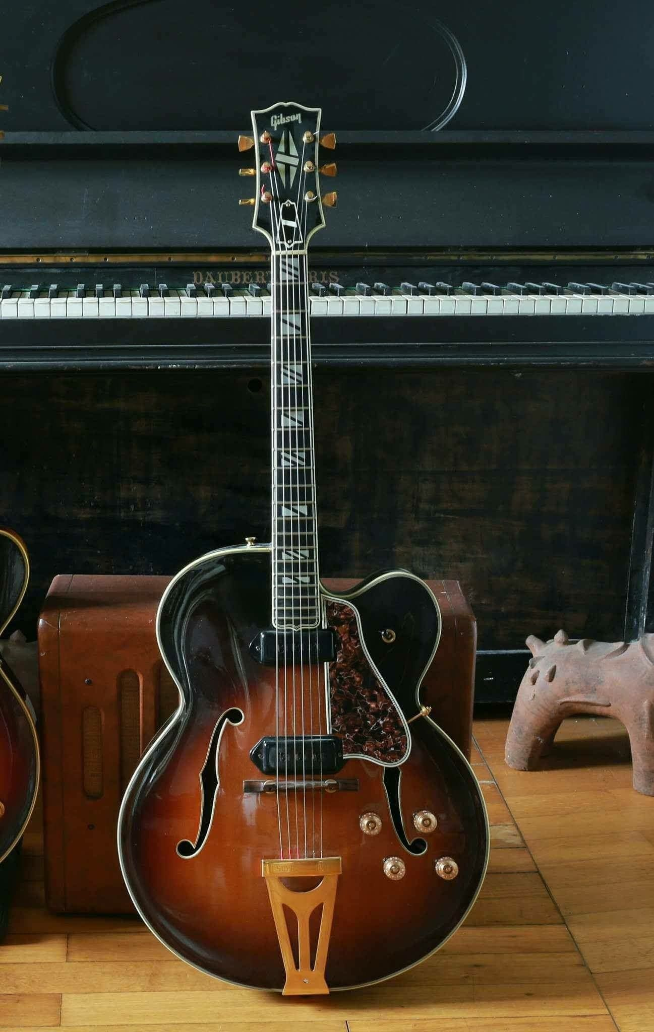 Gibson Super 400 Electric With Images Vintage Guitars Guitar