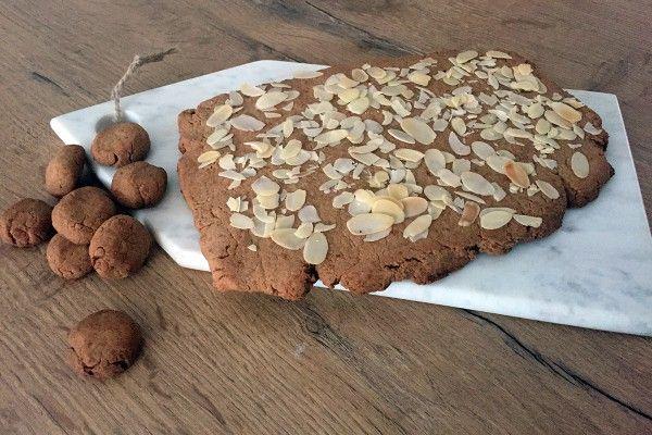 Glutenvrije en suikervrije speculaas recept maken voor Sinterklaasavond? Dat is heel eenvoudig! Met maar een paar ingrediënten heb je het zo voor elkaar :)