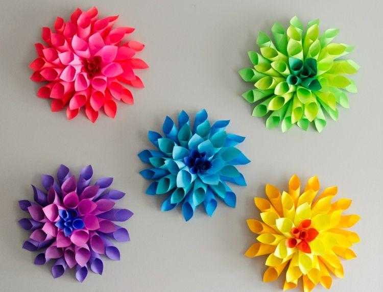 Papierblumen Basteln Mit Kindern Trichter Idee Wanddeko