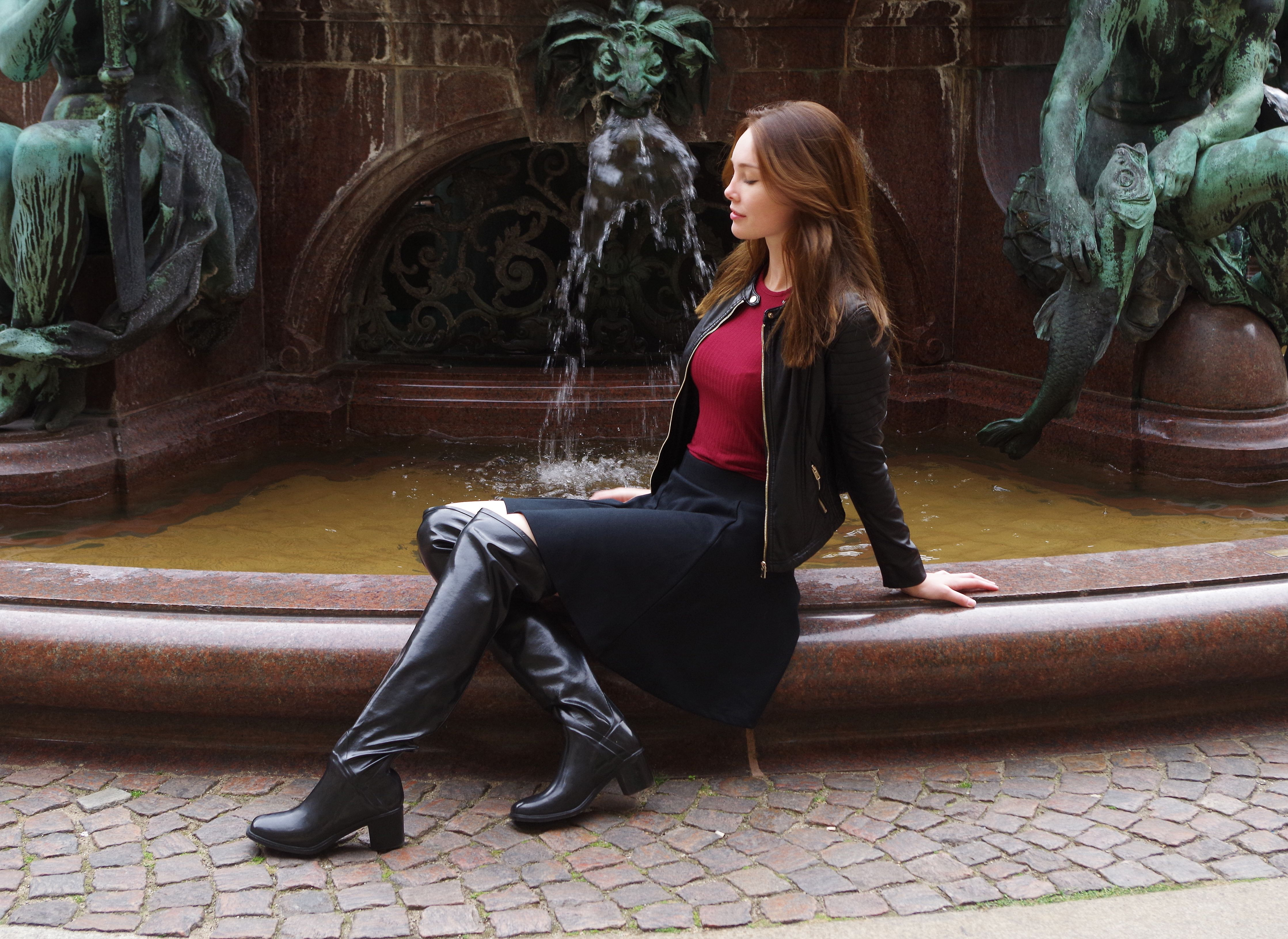 Lovely Acquo Boots We Ship World Wide Order Your Own Exclusive