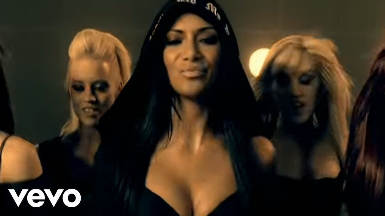 The Pussycat Dolls - Buttons ft  Snoop Dogg (Official Music
