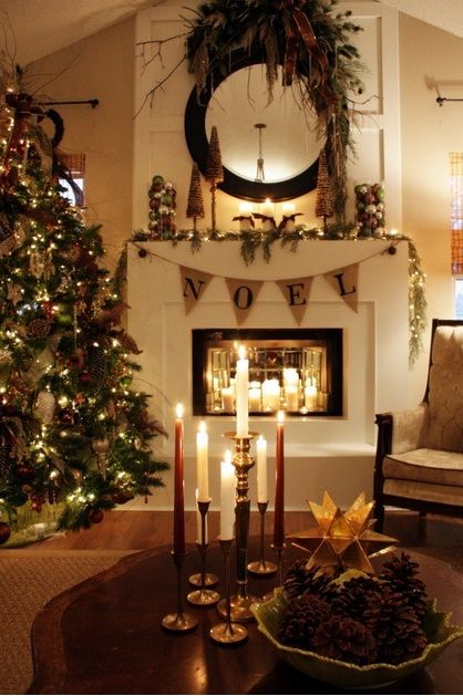 23 Mantel Christmas Fireplaces Decoration Ideas. Awesome.