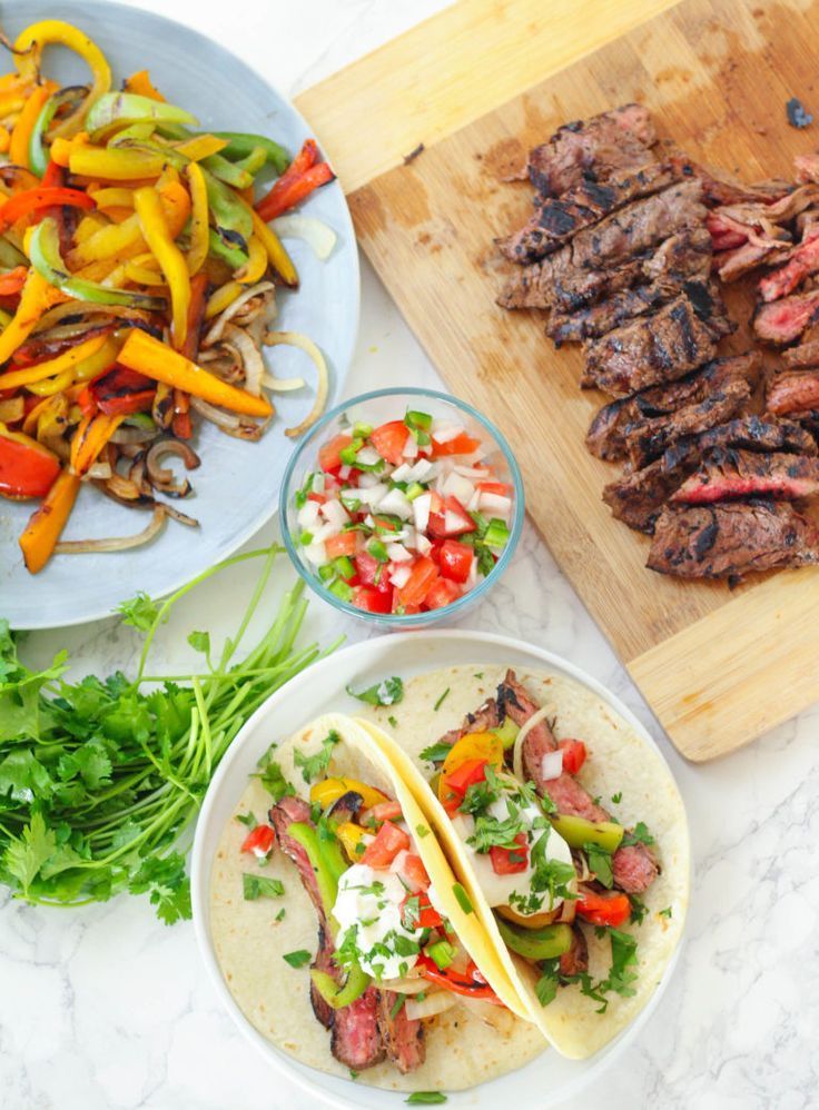 Chipotle Flank Steak & Pepper Fajitas #steakfajitarecipe