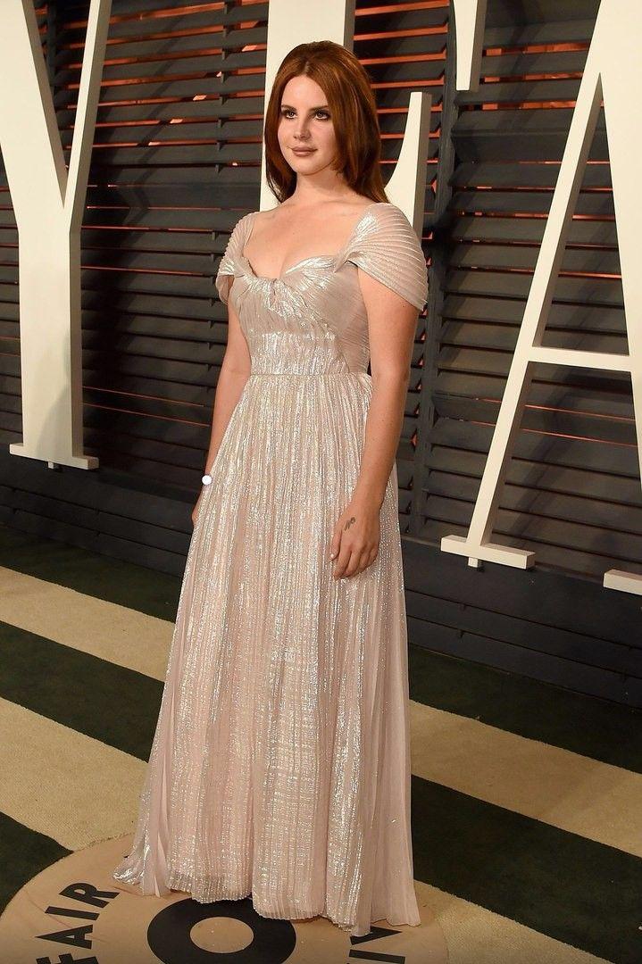 Lana at 'Vanity Fair's Oscar Party', Beverly Hills, California (Feb. 28, 2016)