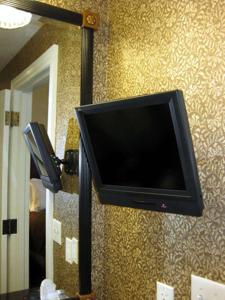Tv In The Bathroom Tv In Bathroom Bathroom Hotel