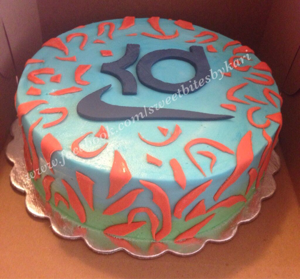 Kevin Durant inspired shoes on a cake. Like us! Facebook