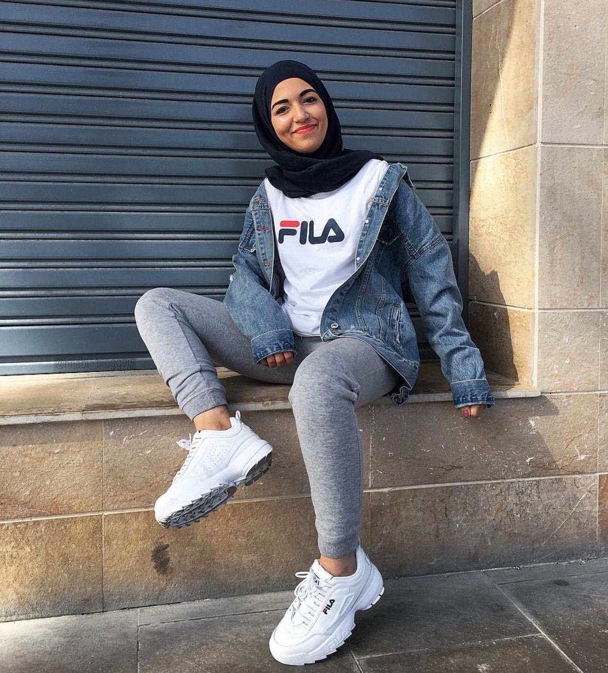 Im__zainab  Hijabi outfits casual, Hijab fashion, Hijab style casual