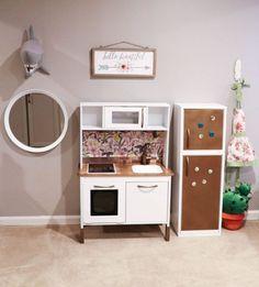 Ikea kinderküche kühlschrank  IKEA Hack DUKTIG Children's Play Kitchen Finished | playroom ideas ...