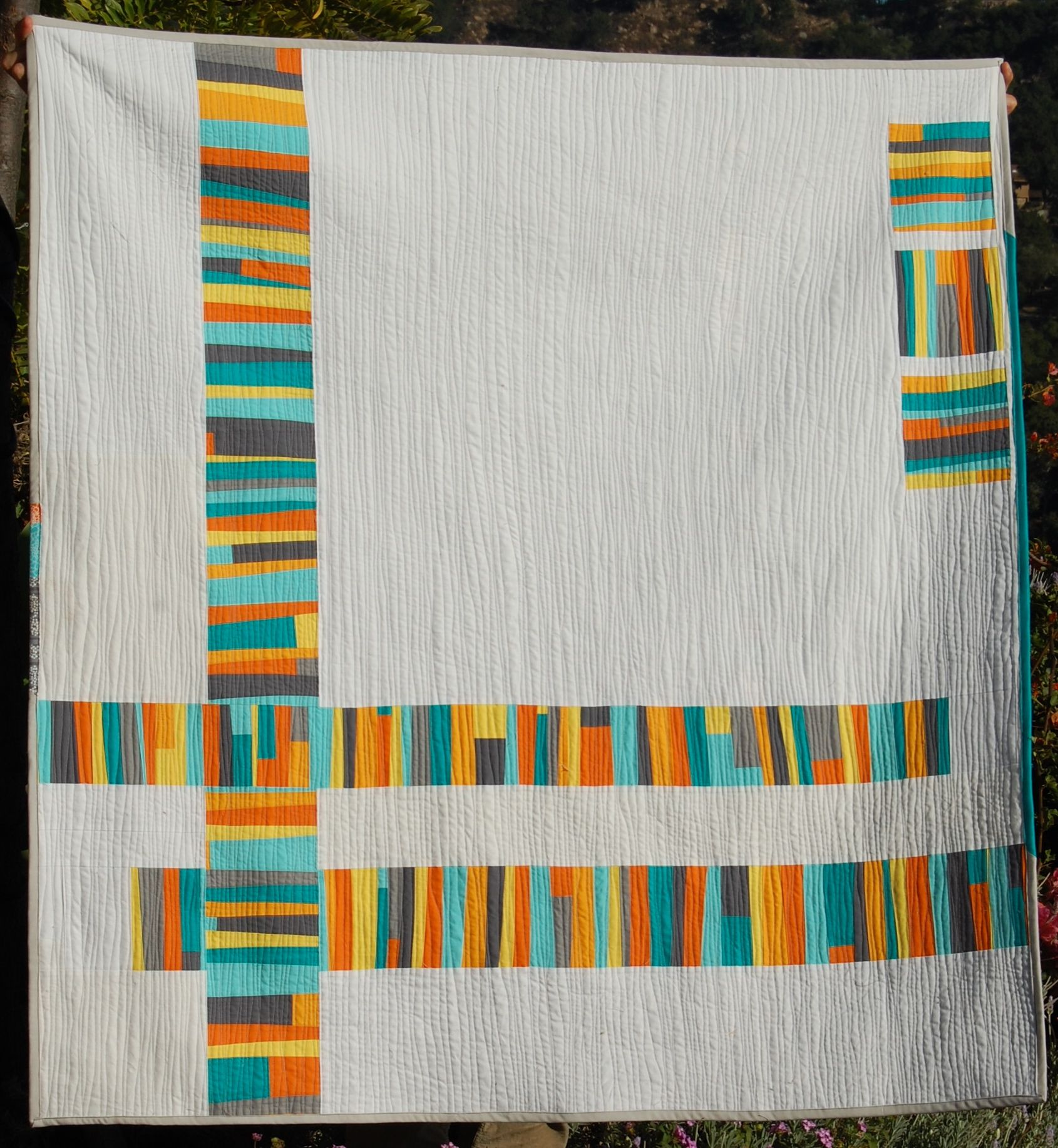 I love the woven effect of the colored stripes in the lower left ... : quilting fiction - Adamdwight.com