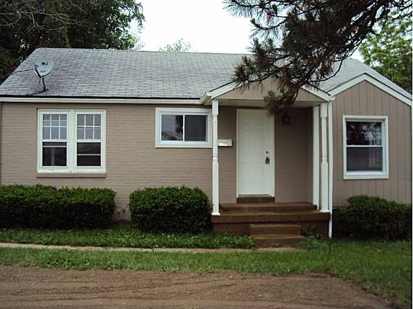 Newly Renovated Home With New Kitchen Open Floor Plan And Walk Out Basement 3 Bedroom 1 Bathroomwe Accept St Louis Coun House Rental Zillow Open Floor Plan