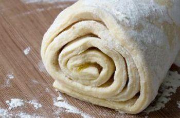 Universeller Joghurt-Hefeteig für alles (Pizzen, Kuchen, etc.) - Einfache-Rezepte #hefeteigfürpizza